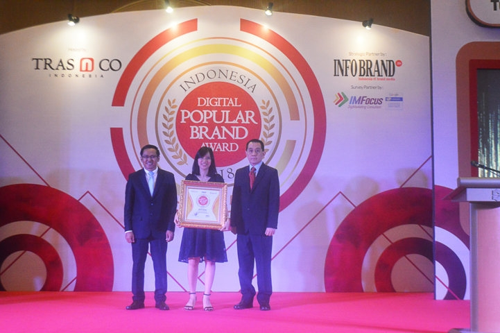 Indonesia Digital Popular Brand Award 2018 - Zevit Grow