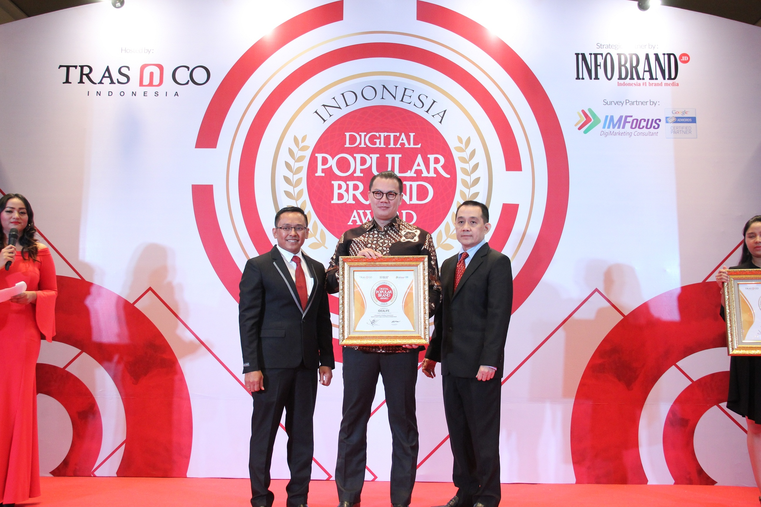 Idealife Raih Penghargaan Indonesia Digital Popular Brand Award  2018, Idealife Berharap Reputasinya Bakal Terus Meningkat