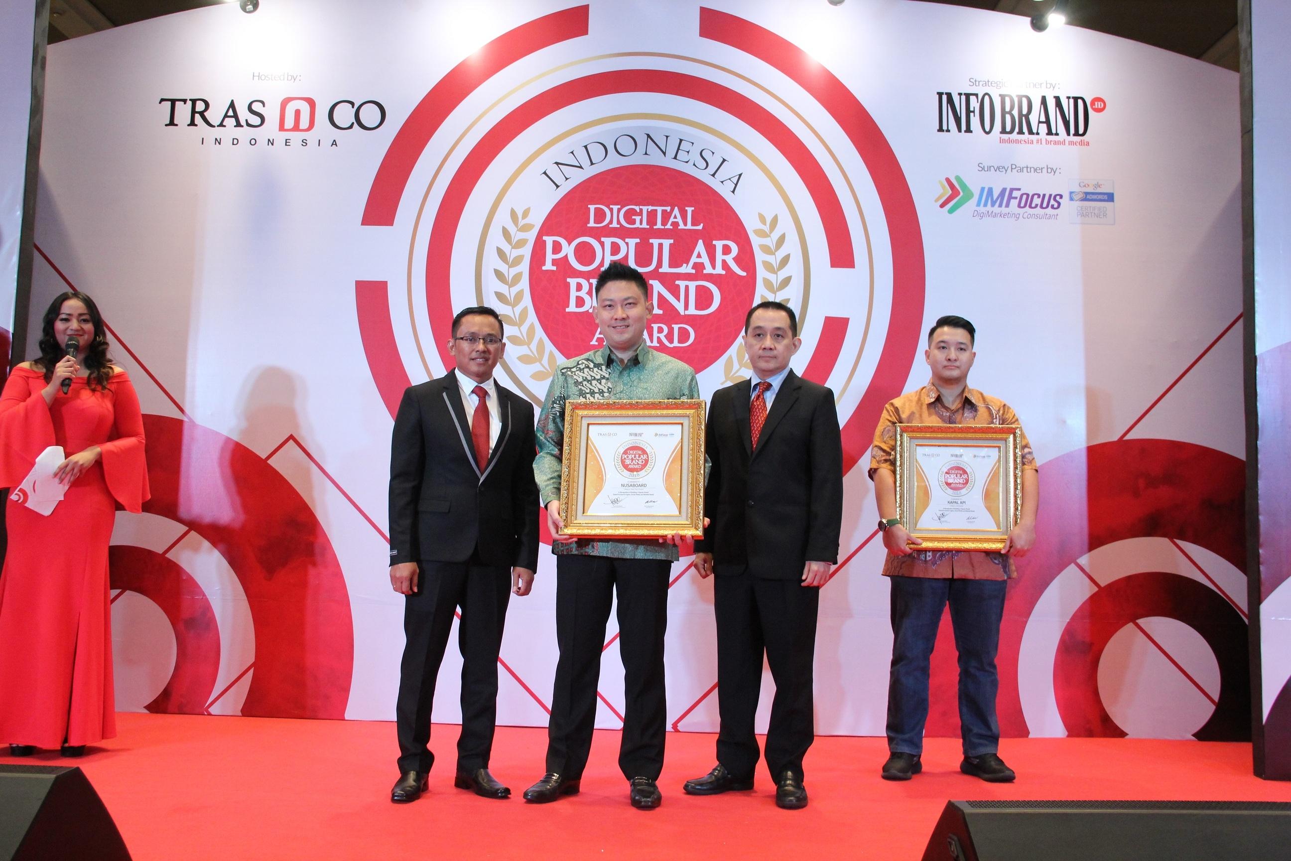 NusaBoard Berhasil Bawa Pulang Penghargaan Indonesia Digital Popular Brand Award 2018