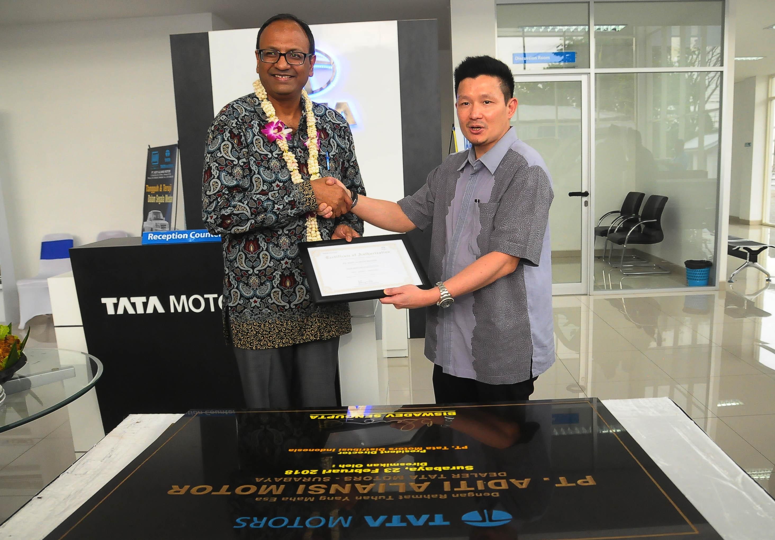 Tata Motors Makin Eksis di Surabaya