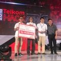 Sisihkan Ratusan Peserta, Gifood Juarai Telkom Hackathon 2018