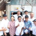 Menteri Rini Tinjau Bantuan Sambungan Listrik Sinergi BUMN di Serang