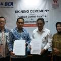 Dukung Sektor Produktif, BCA Salurkan KUR Rp10 Miliar kepada Mitra Peternak Ayam PT Widodo Makmur Unggas