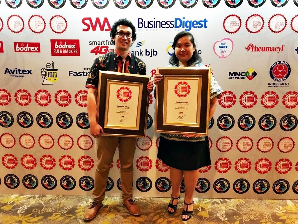 PT Tiga Pilar Sejahtera Food Raih 2 Penghargaan di Indonesia Original Brand 2017