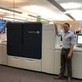 Conlin Melihat Hijau dalam Emas dan Perak Logam; Menambahkan Xerox Iridesse Production Press di Amerika Utara