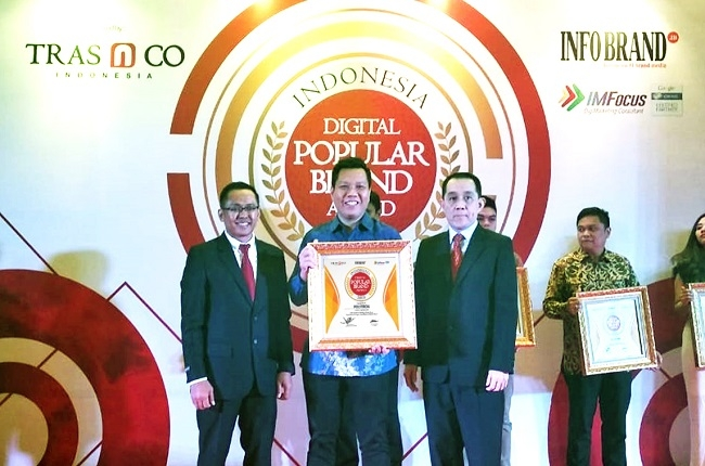 Polytron Water Dispenser Hydra Raih Penghargaan Indonesia Digital Popular Brand 2018