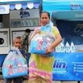 So Klin Hadirkan Mobil Cuci untuk Bantu Kebersihan Pakaian Korban Tsunami Banten