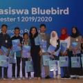 Bluebird Kembali Berikan Beasiswa ke Anak Pengemudi