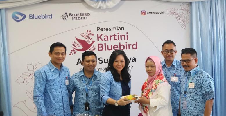 Bluebird Tingkatkan Kesejahteraan Keluarga Melalui Pemberdayaan Perempuan