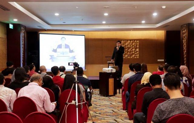 Franchise Depo Air Minum Biru Gelar Seminar Peluang Bisnis Investasi Properti Biru