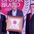 Eksis di Ranah Maya, CFC Raih Indonesia Digital Popular Brand Award 2019