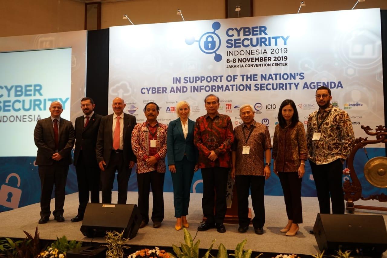 Pameran Cyber Security dan Indonesia Fintech Show 2019 Resmi Dibuka