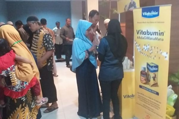 Peduli Kesehatan Keluarga, Vitabumin Sinergi Kegiatan Bekam di Jateng