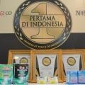 Inovasi Tiada Henti, Confidence Sabet 2 Penghargaan Pertama di Indonesia