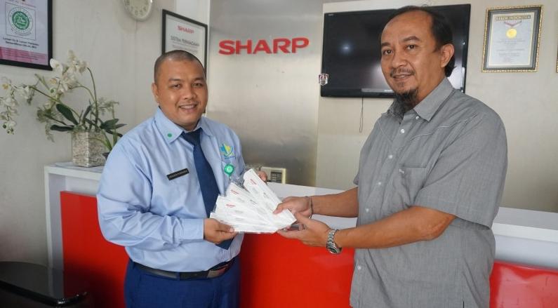 Dukung Tenaga Medis Indonesia Tangani Covid-19, Sharp Donasi Masker N-95