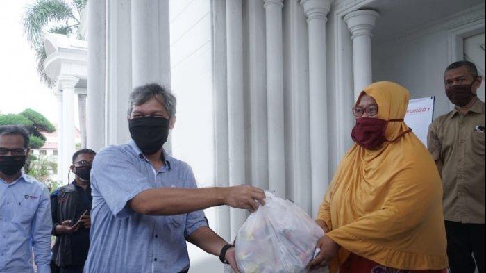 Pelindo 1 Kembali Salurkan Bantuan 4000 Paket Sembako bagi Masyarakat Belawan