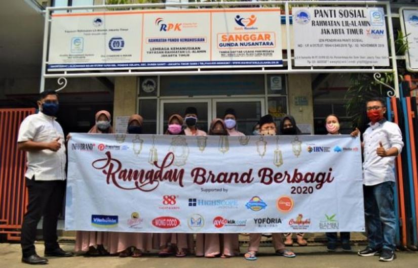 Vitabumin Salurkan Bantuan Sosial Saat Ramadan di Tengah Pandemi