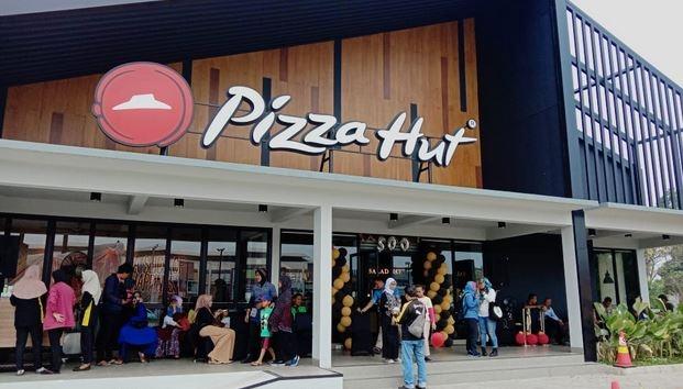 Tenang, Pizza Hut Indonesia Enggak Bangkrut Kok!