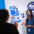 Masker Sulitkan Komunikasi Teman Tuli, Asuransi Astra Kampanyekan Masker Ini