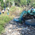 Wings Group Indonesia Gandeng Pemprov Jawa Timur Bersihkan Kali