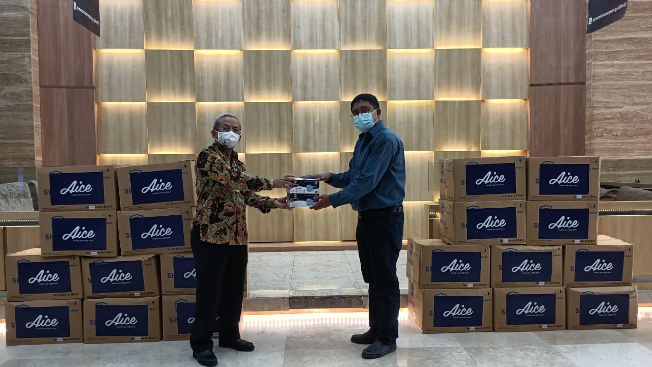 Aksi Kemanusiaan Covid-19, Aice Distribusikan Jutaan Masker Medis