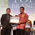 Menjadi Brand Andalan Masyarakat Sebagai Internet Service Provider, IndiHome Terima Penghargaan