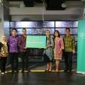 Lampu Philips LED Membantu Membuka Akses Meraih Pendidikan Bagi Anak-Anak Indonesia