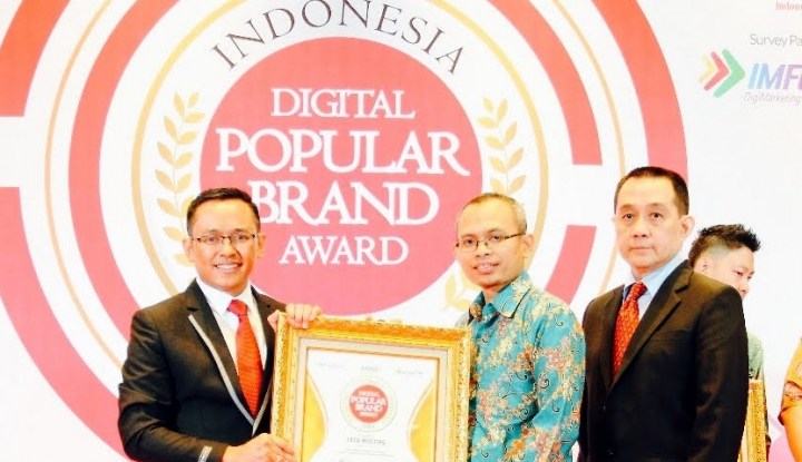 Tata Motors raih penghargaan Indonesia Digital Popular Brand Award 2018