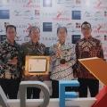 Mendukung Pasar Ekspor Indonesia, Suzuki Raih Penghargaan Primaniyarta 2018