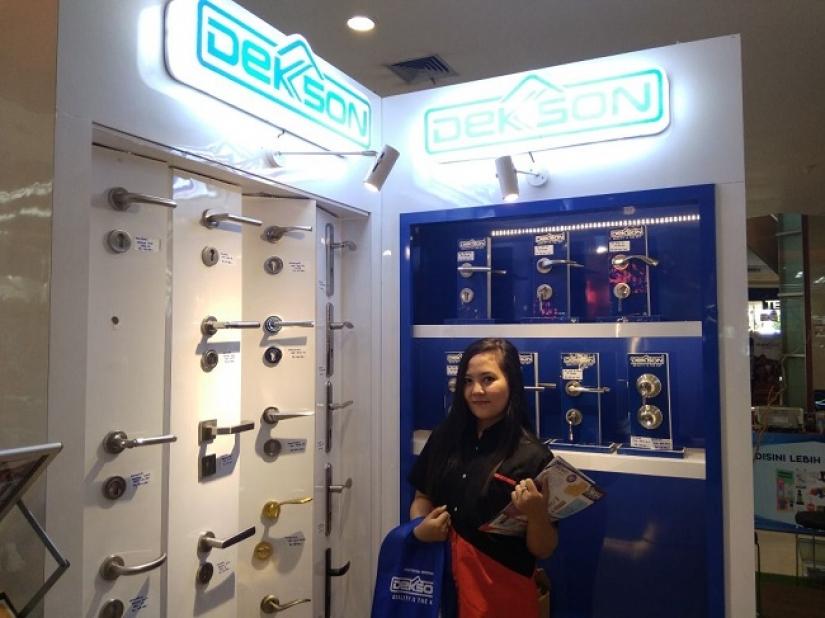 Beli Produk Dekkson di TSM Makassar, Gratis Samsung J6 Plus