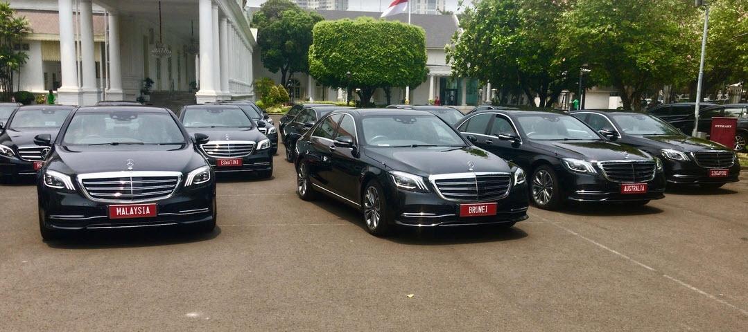 Belasan Mobil Mewah Mercy Temani Pelantikan Presiden dan Wakil Presiden