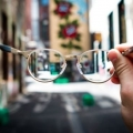 Pertama di Indonesia, Kacamata Ini Kantongi Sertifikat Halal