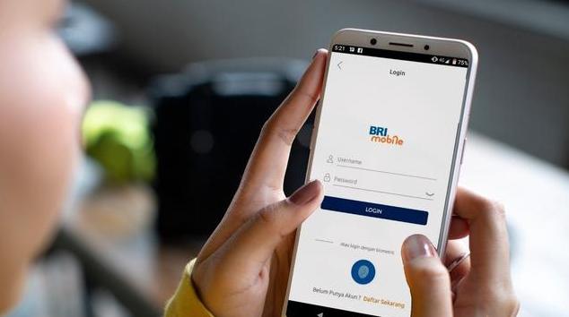 BRI Gratiskan Biaya Top Up GoPay - InfoBrand.id