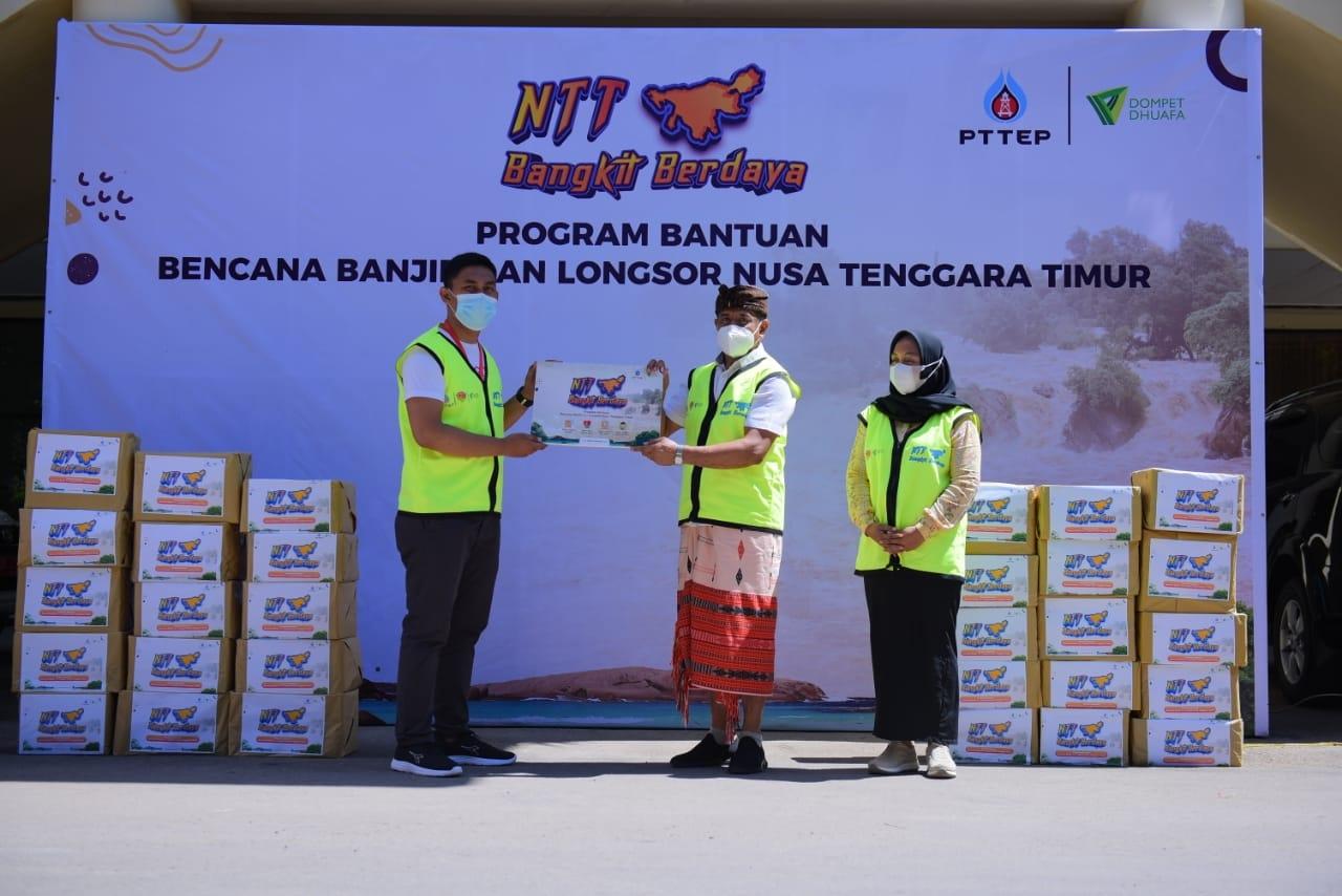 PTTEP Gandeng Dompet Dhuafa Salurkan Bantuan Korban Bencana NTT