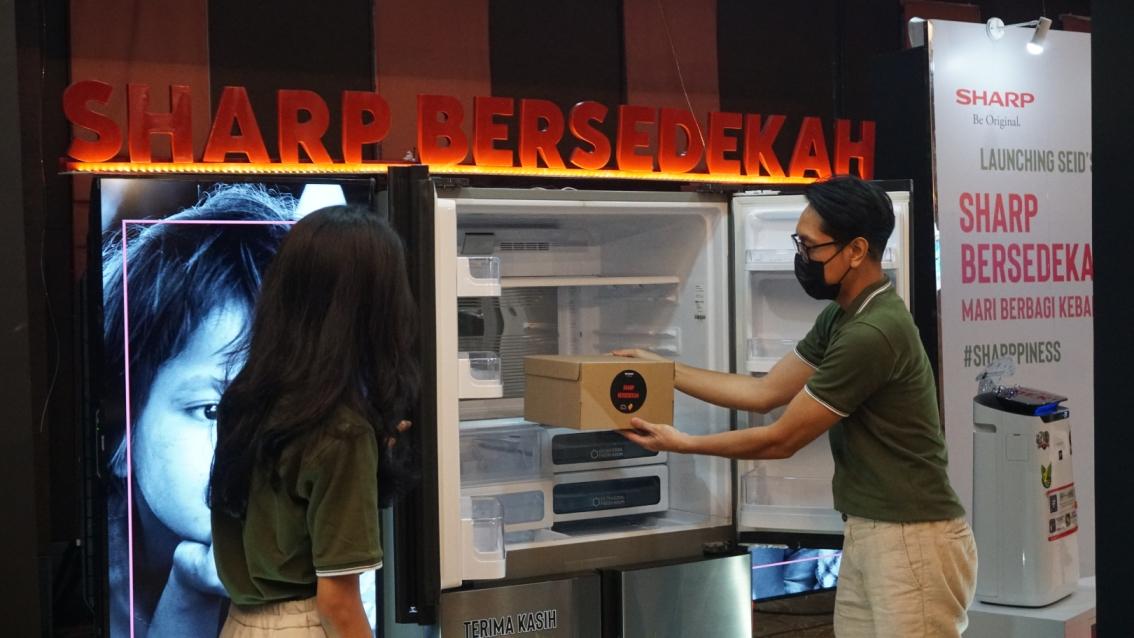 Tingkatkan Kesadaran untuk Berbagi, Sharp Indonesia Hadirkan Program Bersedekah