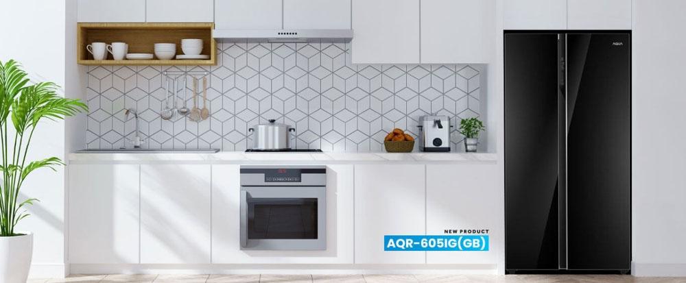 Aqua Japan Hadirkan Kulkas Premium Berkapasitas Besar