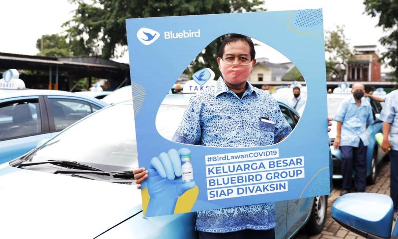 Sukseskan Vaksin untuk Lansia, Blue Bird Dapat Apresiasi dari Menkes
