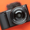 Kamera Sony Ini Punya Lensa yang Dapat Ditukar, Para Kreator Harus Punya