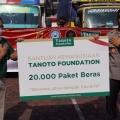 Tanoto Foundation Donasi 300 Ton Beras Premium ke Pulau Jawa
