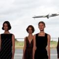 Hermes Sulap Hanggar Bandara di Pinggiran Kota Paris Jadi Arena Catwalk