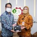 Wujud Produk Lokal Unggul, Kemenperin Serahkan SNI Cangkul